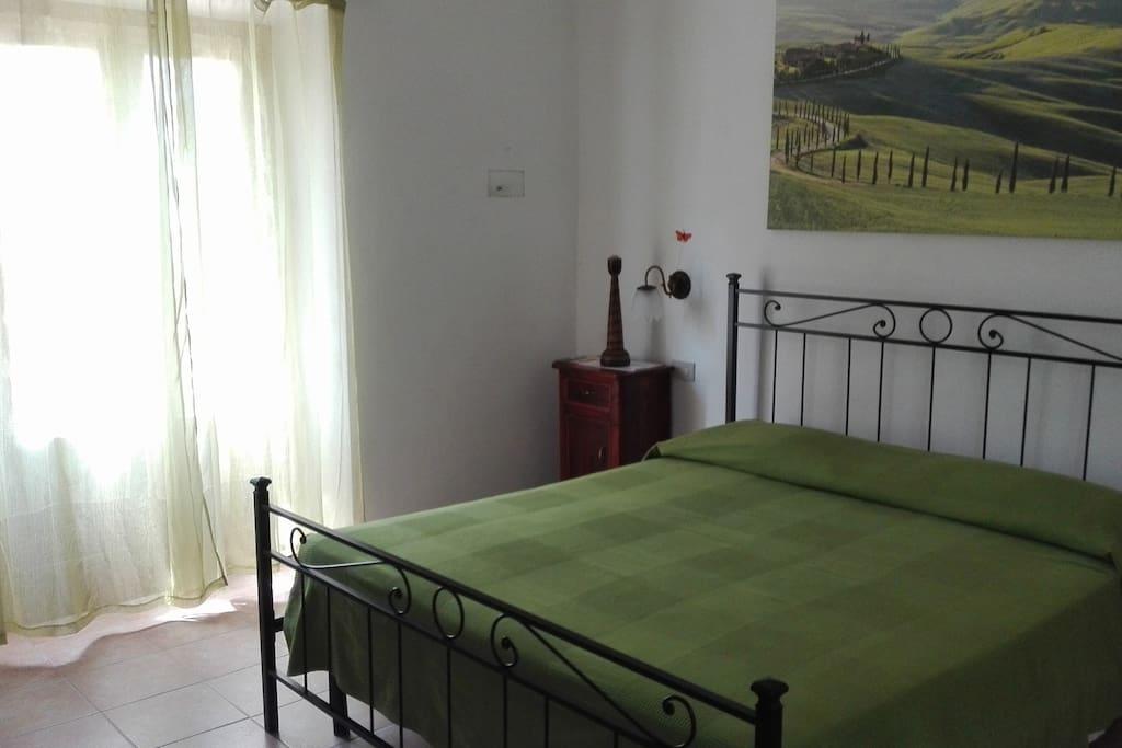 camera matrimoniale,con balcone
