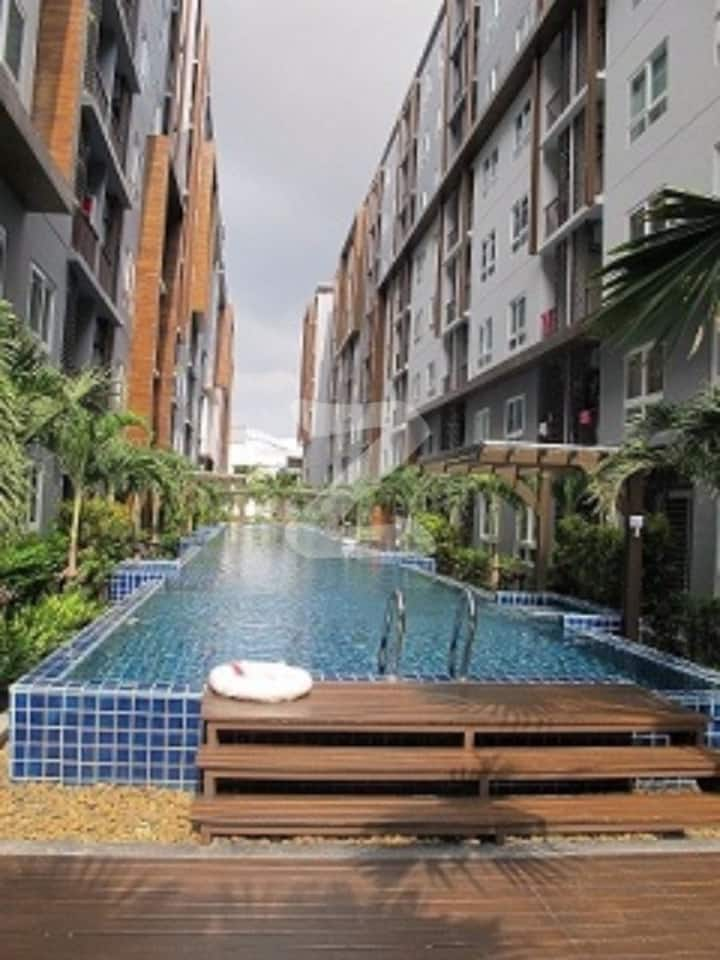 One bedroom Locate on Central Pattaya