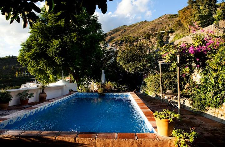 Luxury Bed & Breakfast - Casa Doña Angela
