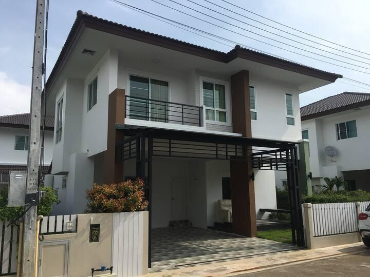 City Home Chiang Rai  บ้านกลางเวียงเชียงราย