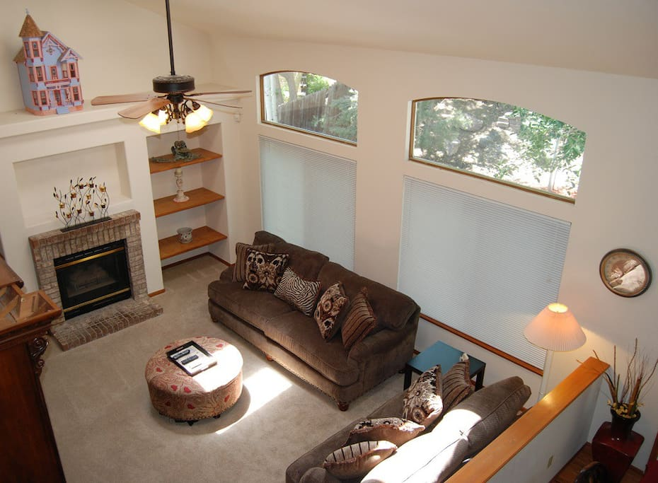 High ceilings and lots of light in the living room