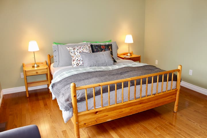 Cozy Room With Parking Space - Gatineau - Casa