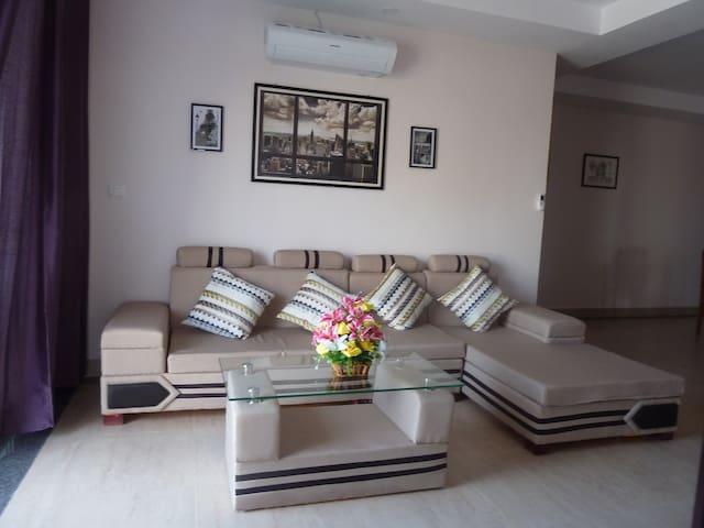 Rent Full Appartment huge 130m2 flat in Mekong II