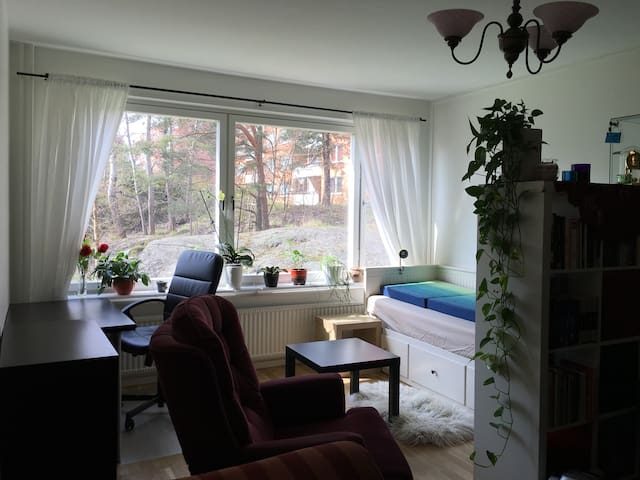 Appartment close to nature, sea, 25 min Stockholm