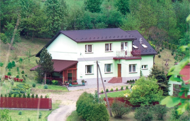 Amazing home in Jachówka with Sauna, WiFi and 5 Bedrooms