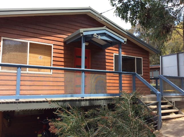 Lenny's Lodge - Merimbula - House
