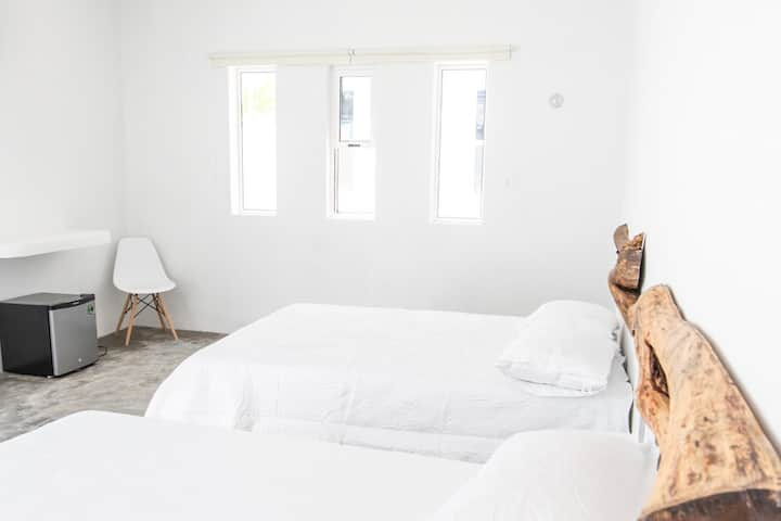 Aljanna House | Deluxe Room 4 |