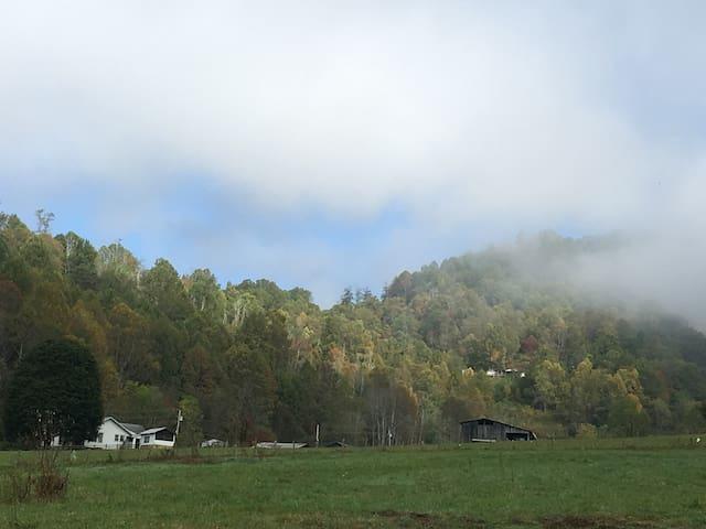 Chipmunk Hill Cabin