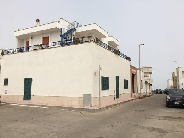 Amazing terrace on the sea - San Foca - Leilighet