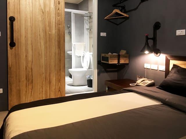 3F工業風-時尚灰-乾溼分離浴室