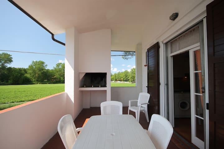 Gemütliches Haus mit Grill und privatem Garten