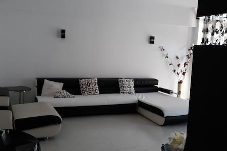 Ultracentral modern apartament 3 rooms  100m2