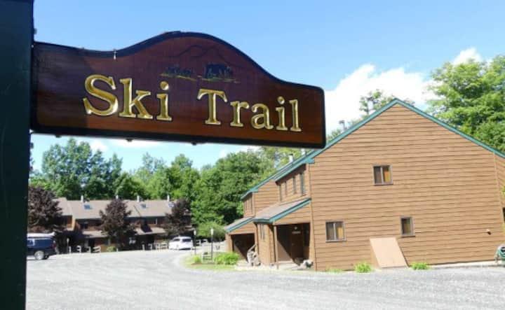 Mount Snow Ski Home House w Pool & Local Lakes