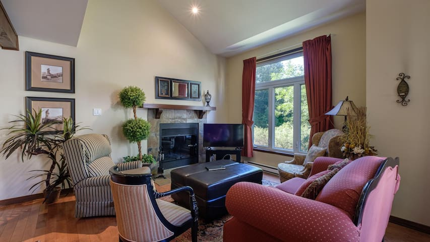 Condo with Summer Time Pool near Golf and Ski!