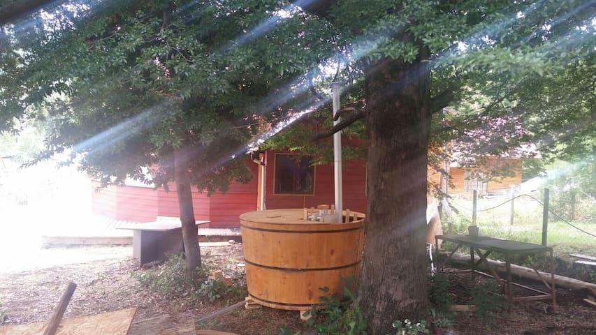 Domo en Caburgua, con tinaja  ciprés, Pucón - Caburgua - Naturstuga