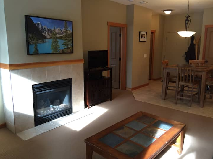 Affordable accommodation in Canmore,AB