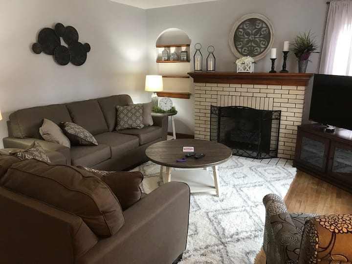 Cozy Home near College of Wooster