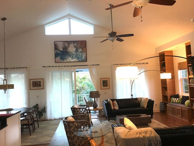 Beach Haven St. Augustine 4BR with Pool and Spa!