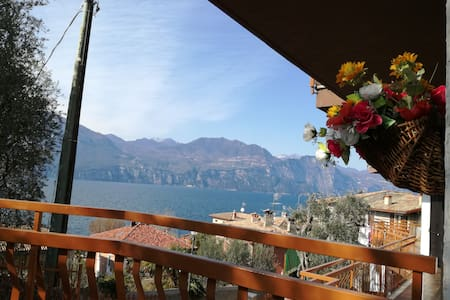 """""""CASA ANTONELLA""""   Lago di Garda - Brenzone sul Garda - Apartment"""