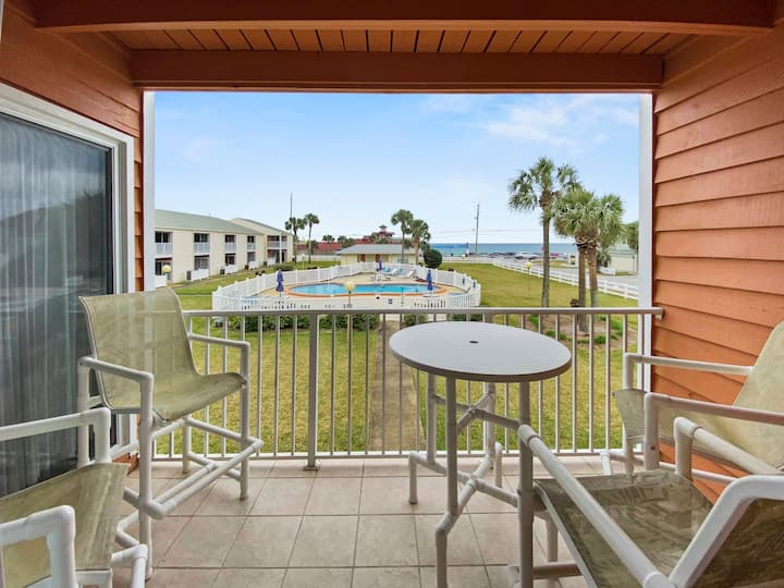Great Condo with Gulf View Steps to the Beach!