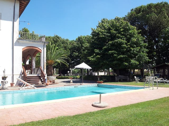 Villa Domenica, in the heart of tuscany - CRESPINA
