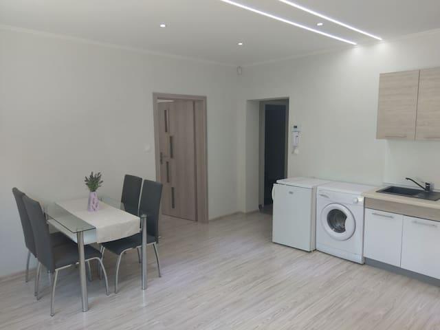 Plne zariadený jednoizbový byt v Prievidzi