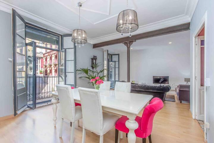 Apartamento con encanto en el Museo Dali.