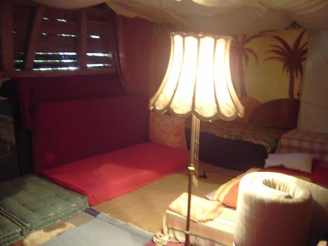 Matratzenlager unbeheizt , nicht im Winter