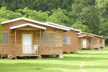 Westender Inn Log Cottages - Kisház