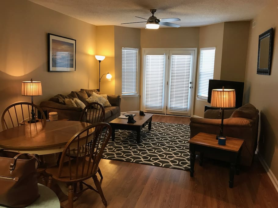 Living Room/Eating area with exit to back lanai