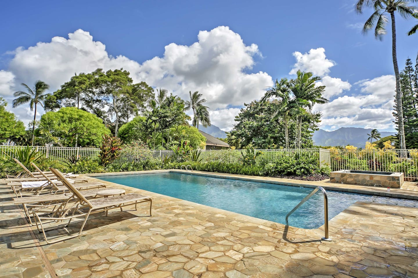 Escape to the 'Garden Isle' an oceanfront Princeville vacation rental studio.