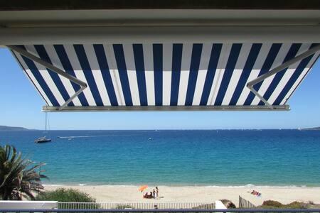 Appartement sur la plage et accès direct à la mer