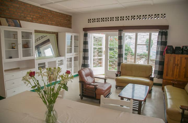 Private double room downtown house, Muhima Kigali