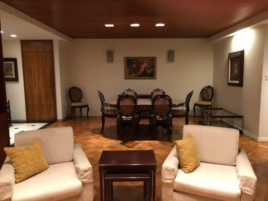 Sala de jantar/Dining Room
