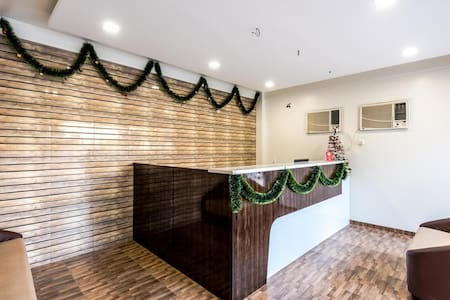 New Hotel with attractive rates. - Thane - Bed & Breakfast