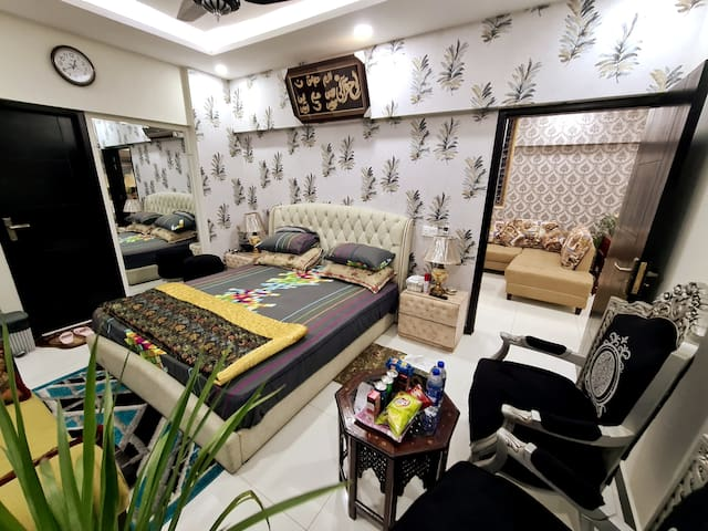 3Bed Stylish Brand new The Heart of Islamabad appa