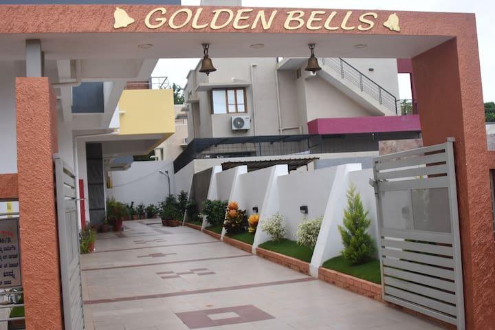 Goldenbells Premium service apartment1