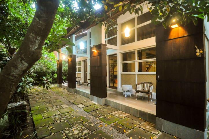Tropical Garden Guesthouse Watuluna II