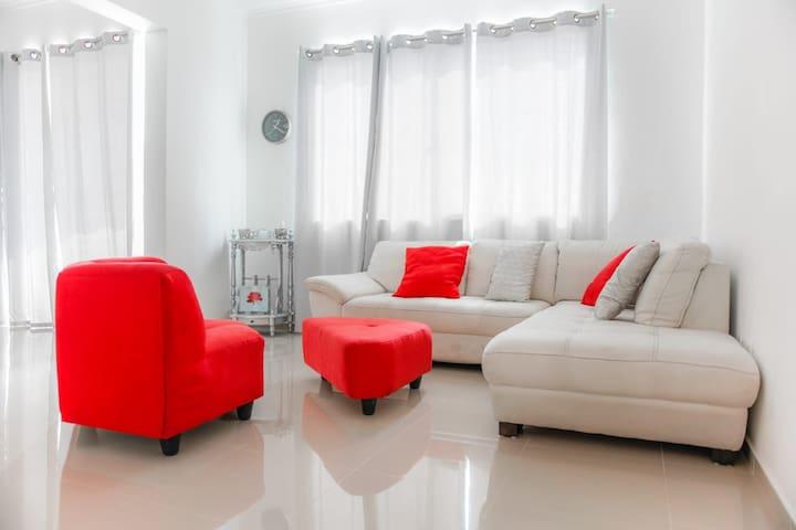 Acogedor apartamento en Alma Rosa 1