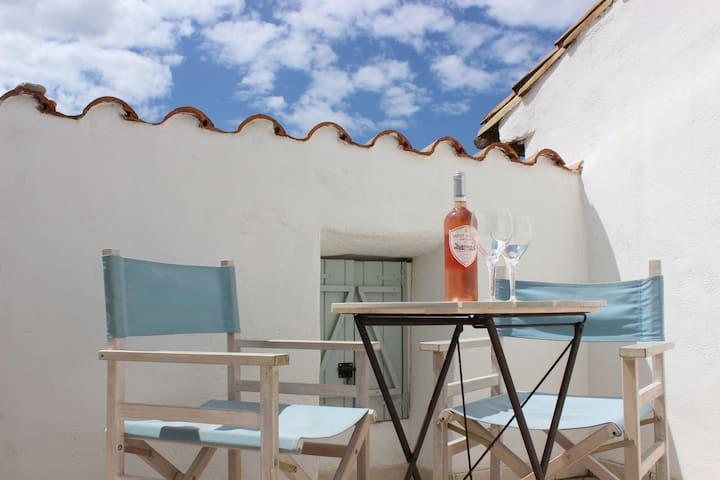 Maison de Talairan avec terrasse privée - Talairan - Casa