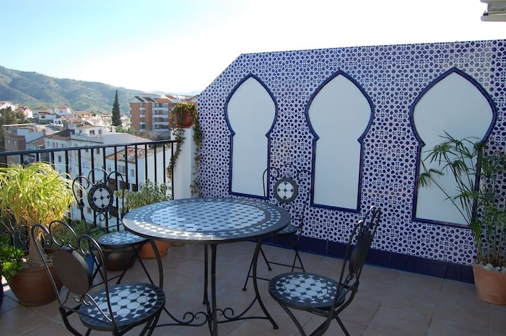 One bed apartment with Moroccan flavour