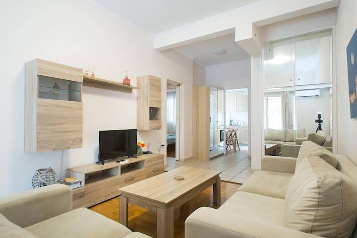 New 5* Home in Plaka with Acropolis at your door