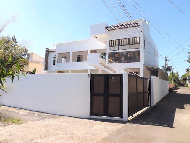 DS1 Cosy apartment 70m2 near beach Trou-aux-Biches