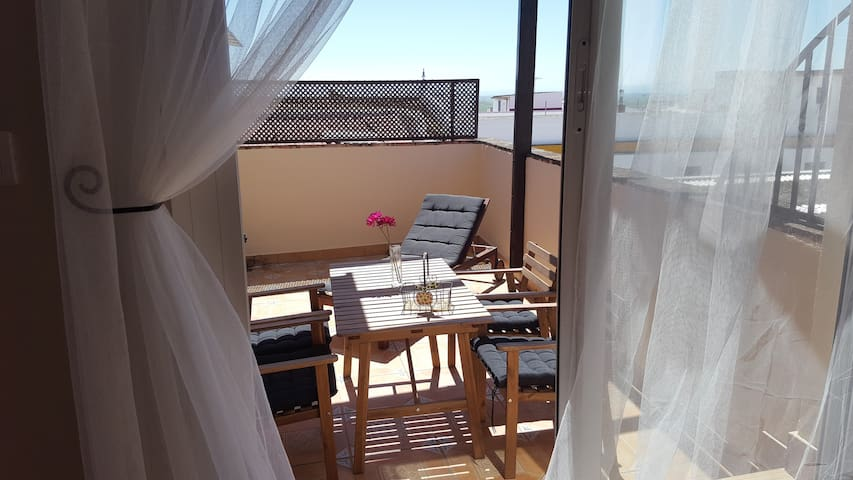 APARTAMENTO INDEPENDIENTE Y LUMINOSO - El Viso del Alcor - Appartement