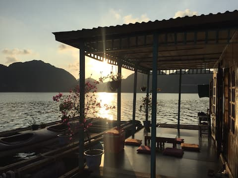InnerX-Stay, Floating Homestay in Lan Ha bay
