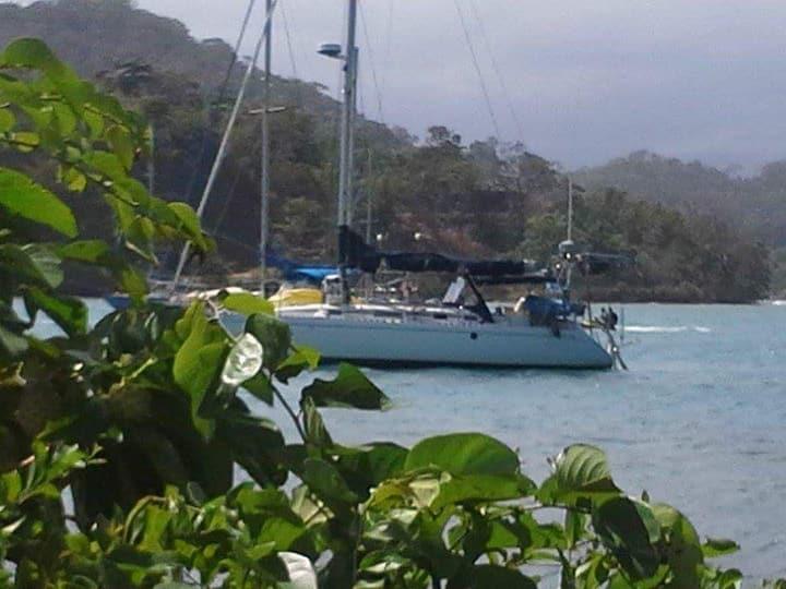 Velero Playa Blanca, Mamei, Isla Grande, Linton