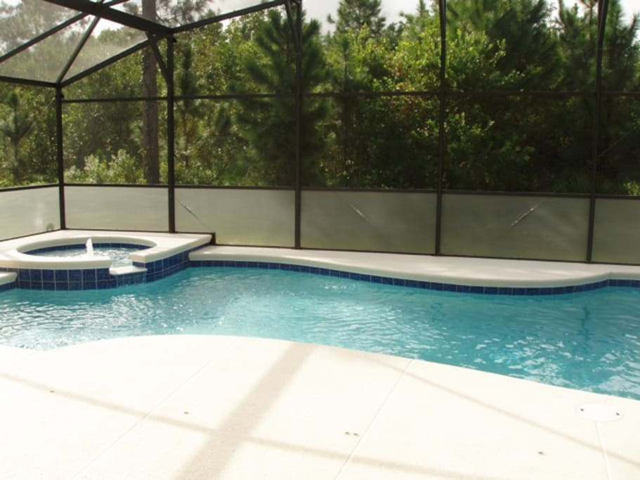 Private 30ft South facing pool and spa