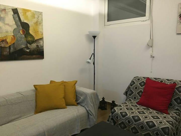 Cozy Apartment in the heart of Piraeus
