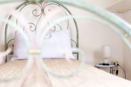 Confortevole e luminoso appartamento, al mare - Porto San Giorgio - Lejlighed