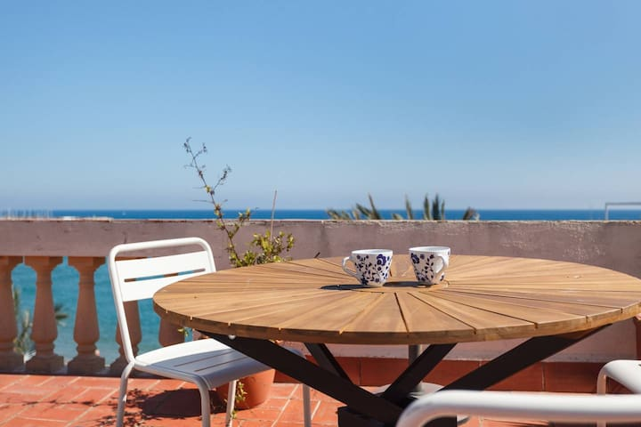 S7 - Loft with Sea Views Terrace - Tourist Apartments in Sitges, Catalunya.